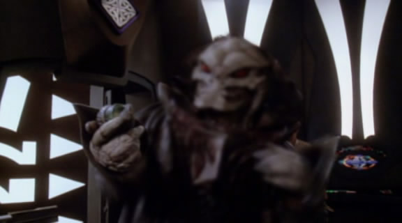 Babylon 5 lines of communication cindy 39 s sci fi reviews for Bureau 13 babylon 5